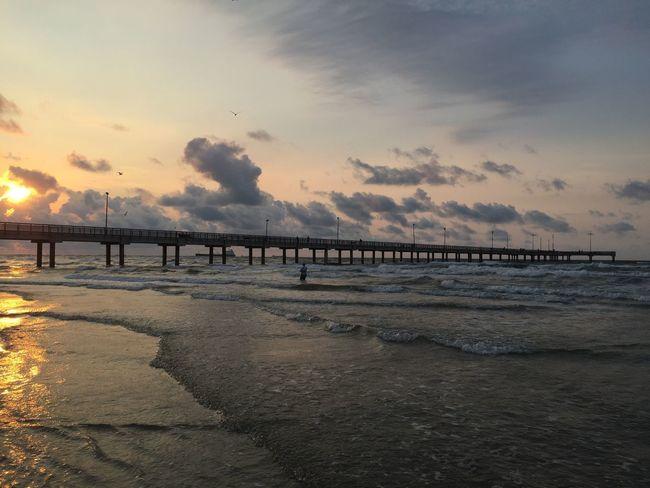 Pier Pier Beach Waves Sunrise Ocean Ocean View Summer Sky And Clouds Texas Nature Texas Sunrise