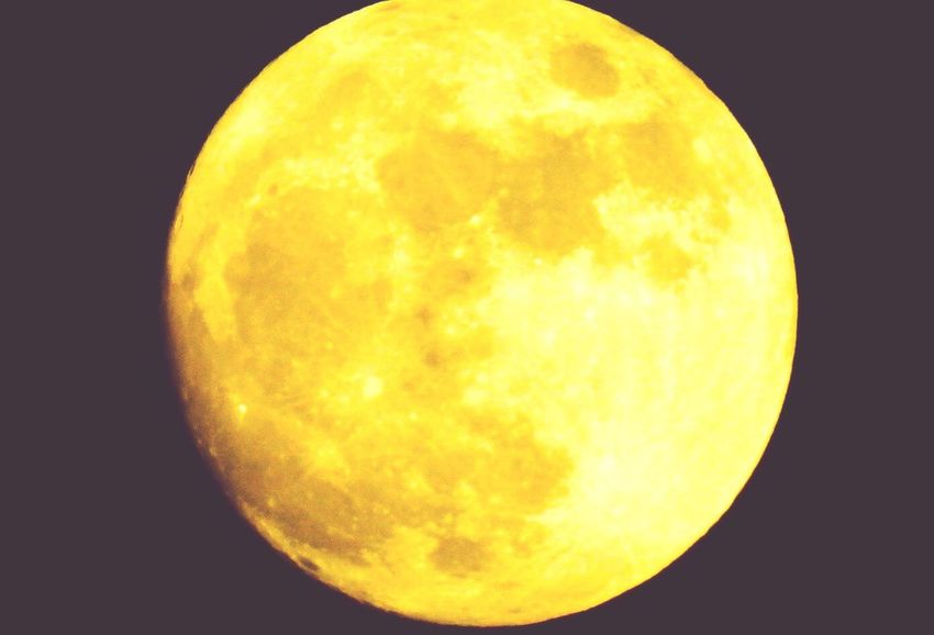 Moon luna Yellow Astronomy Moon Circle Night Space No People Nature Beauty In Nature Close-up Outdoors Sky Satellite View love