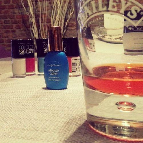 Relax Nojob Nails Manicure alcoolhomesallyhansenglassaperoligersmilano life top amoremio instaitaly milano girls mua macmaybelline