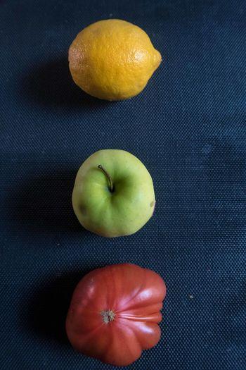 Cell Cellphone Photography Floor Indoors  Kiwifruit Lemon Pepper Samsung Tomato First Eyeem Photo