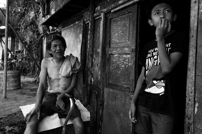 Flanuering in Black and White Black & White Black And White Blackandwhite Blackandwhite Photography Eyeem Philippines Father & Son Philippines Street Street Photography Streetphoto Streetphoto_bw Streetphotography Streetphotography_bw The Street Photographer - 2016 EyeEm Awards