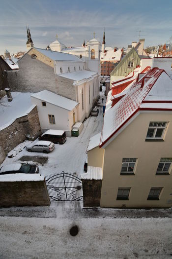 Winter townscape. Tallinn old town. Estonia Tallinn Tallinn Estonia Tallinn Old Town Estonia Tallinna Old Town Toompea TOWNSCAPE Cityscape Baltic Baltic Countries Architecture Winter Snow Roof Helleman Tower Built Structure Building Exterior Residential District Town No People Cold Temperature Outdoors House City Building Window