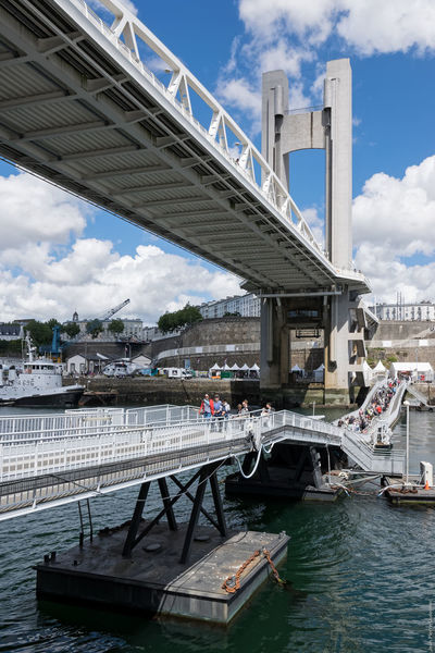 Pont de Recouvrante & pont Gueydon Architecture Brest Brest 2016 Brest2016 Bridge Bridge - Man Made Structure Built Structure City Cityscape Cloud - Sky Connection Fêtes Maritimes Harbour Bridge Harbourbridge River Tower Bridge  Travel Destinations Water