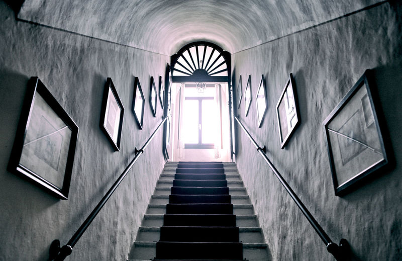 Hole stairs Hole House Stairs Light Sunlight Window Painting Steps And Staircases Steps Staircase Spirituality Architecture