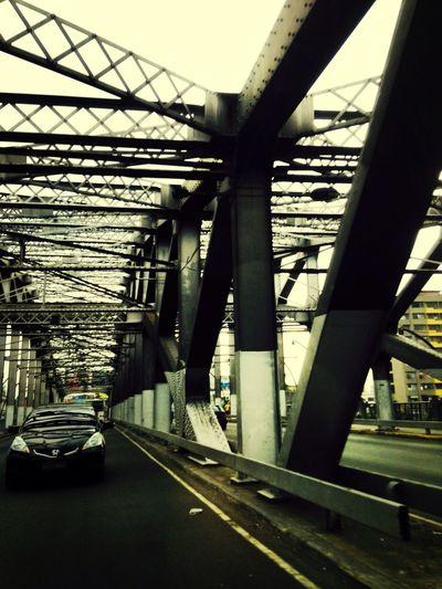 Manuel L. Quezon Bridge Architecture