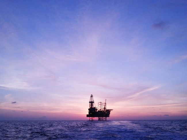 Oil Rig Maersk convincer Creative Light And Shadow Market Bestsellers April 2016 Malaysia Terengganu The Architect - 2017 EyeEm Awards HUAWEI Photo Award: After Dark