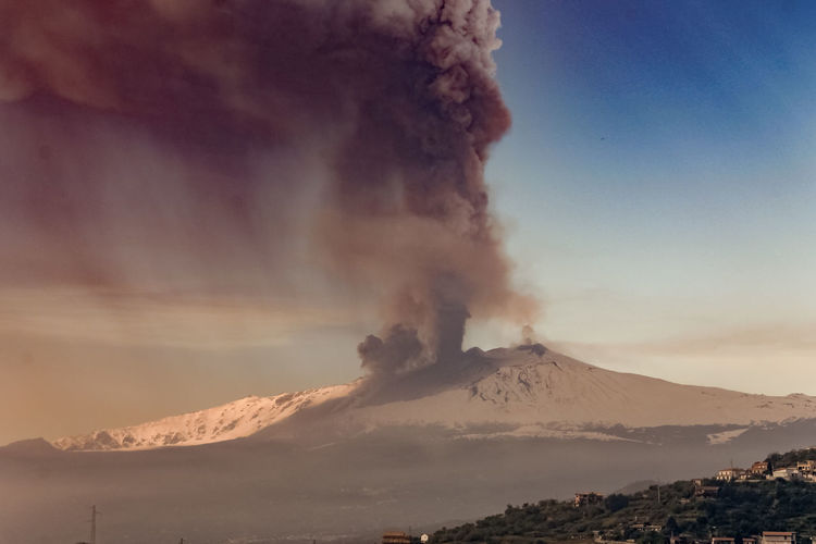 Smoke - Physical Structure Volcano Mountain Erupting Geology Sky Power In Nature Emitting Beauty In Nature Active Volcano Environment Land Power Scenics - Nature No People Physical Geography Nature Landscape Cloud - Sky Non-urban Scene Volcanic Crater Outdoors Pollution Air Pollution Mountain Peak