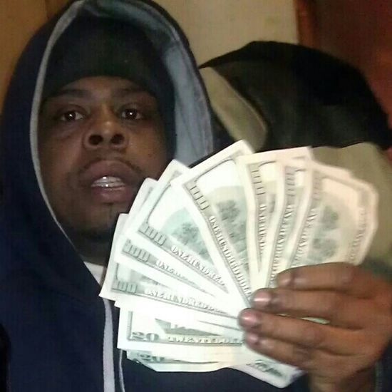 Join MCA spend $39.90 makes hundreds every Friday .. Wanna join send me a txt #3473635987 or Comment w/. Email for more info..