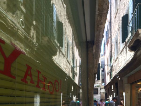 Yahoo Narrow Alley Reflection IPhone 5S IPhoneography