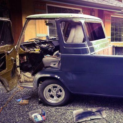 Nudder angle Ford Boogievan Vanin Econoline e100 epoxyprimer labouroflove