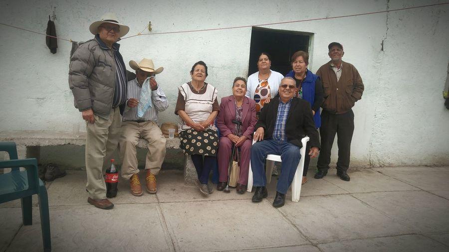 Familia Long Goodbye Oldpeople LosTios capturada con LGV10