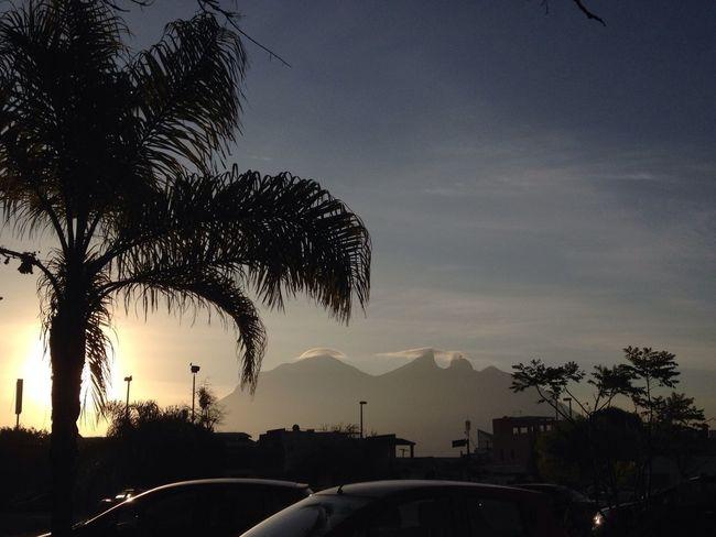 Cerro De La Silla Monterrey Amanecer Tammyherz PAISAJE URBANO Ciudad