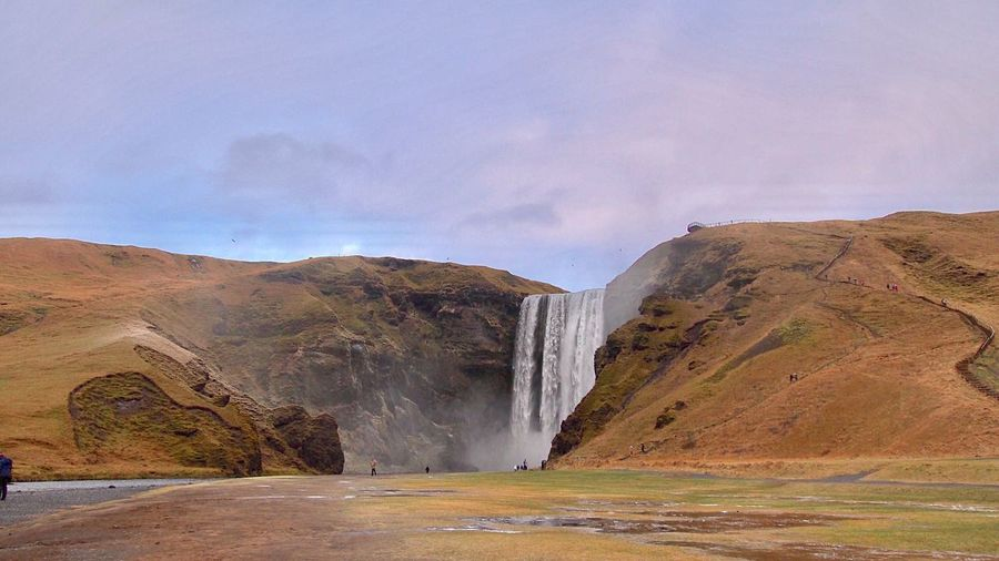 Skogafoss 🌈 Skogar Iceland North Europe Waterfall Beauty In Nature Europe Trip Travel Photography Power In Nature Landscape Iceland_collection Iceland Memories Waterfall_collection EyeEm Best Shots Amazing View Icelandic Nature Emotional Photography Nature_collection Daydreaming Outdoors Taking Photos アイスランド ヨーロッパ 北欧 滝