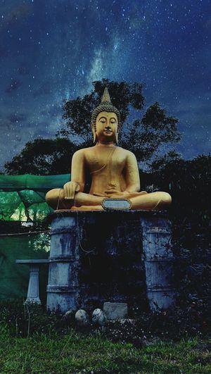 Temple Architecture Temple Art Believe Believe In God Buddhist Temple Temple Thailand Pastor Ecclesiastical Architecture. Priest Monk  Temple Sky Monk  Buddist Temple Night Sky Night View Nighttemple Believeinfilm