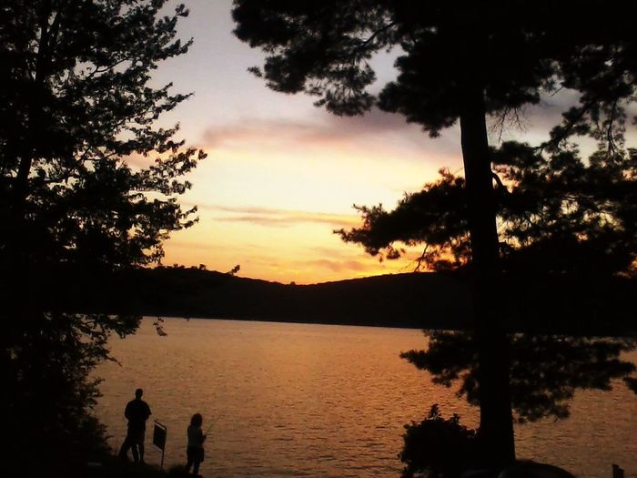 One of the best sunset picture I've ever taken.. Back in 2012.. Helloworld Vermont Lake View Rawnature