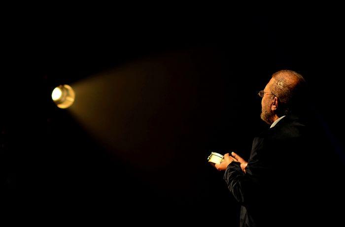 Learn & Shoot: Single Light Source Concert Music Eye4photography  EyeEm Best Shots Tambourine Getting Inspired Martinho da Vila