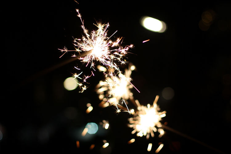 HAPPY NEW YEAR 🎆 Bokeh Bokeh Lights Sylvester Lightandshadow Taking Photos EyeEm Selects EyeEm Best Shots Moments Of Happiness Illuminated Sparkler Motion Arts Culture And Entertainment Firework Display Celebration Firework - Man Made Object City Multi Colored Long Exposure
