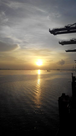 Enjoying Life @sunriseon Gulf of jakarta @
