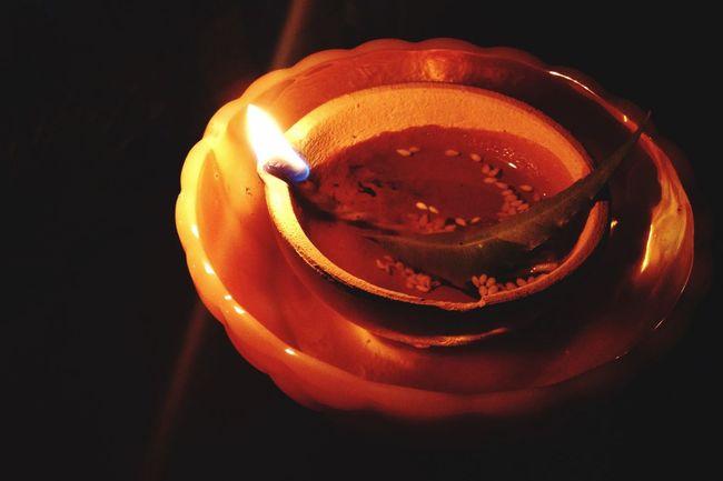 Deeya Light Flame Prayer Divali Home Golden Moments