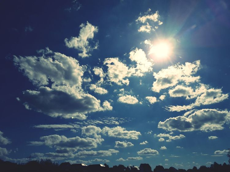 Sky Only Cumulus Cumulonimbus Cumulus Cloud Meteorology Heaven Cloudscape Streaming 10 The Photojournalist - 2018 EyeEm Awards The Great Outdoors - 2018 EyeEm Awards EyeEmNewHere