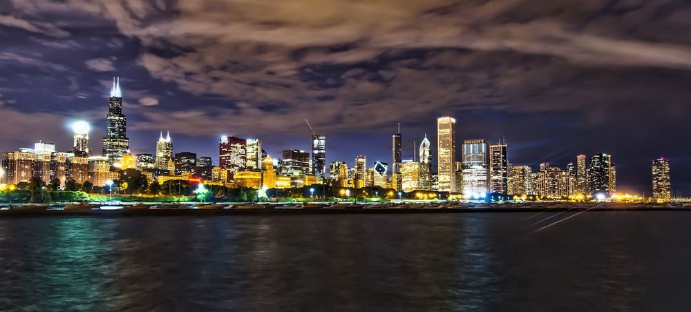Chicago Skyline Nightphotography Night Lights Urbanphotography City Eye4photography  EyeEm Best Shots HDR Learn & Shoot: After Dark Night Photography Night Light Chicago Architecture Chicago ♥ Chicago's Skyline
