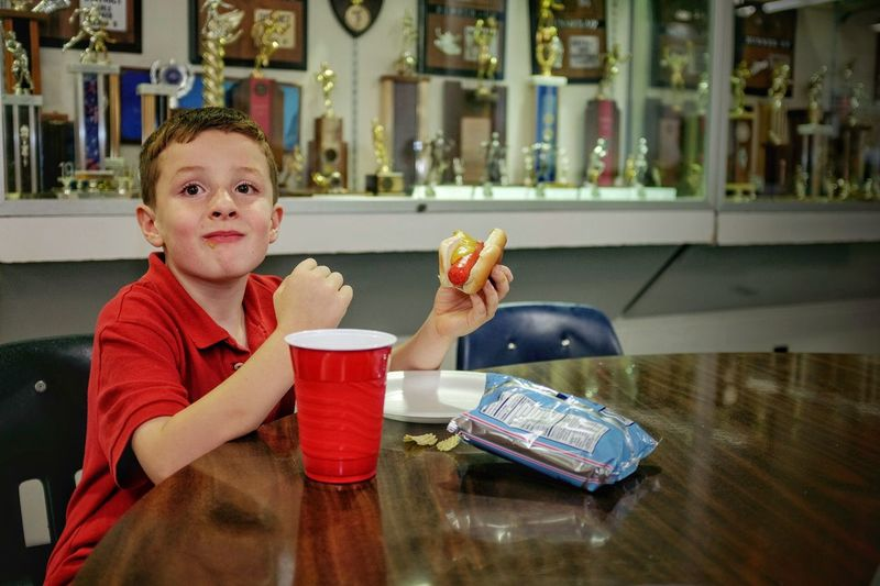 A day in the life. First day of school August 17, 2016 Daykin, Nebraska A Day In The Life Back To School Cafeteria Camera Work Eating Elementary School Photo Essay Portrait School School Food  Snapshots Of Life