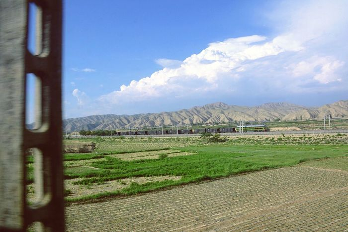 Lanzhou Shangha Embarks On The Train Journey To Tibet