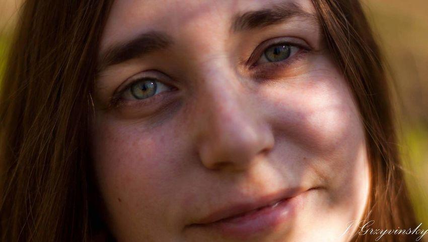 Portraitist - 2016 Eyeem Awards Portrait Photography Beautiful Beautiful Eyes Vibrant Eyes Expressive Serene