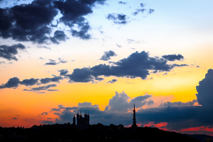 Burning City EOS Fourvière  France Lyon Lyon France Sunset Silhouettes Architecture Building Building Exterior Built Structure Canon Canonphotography City Cloud - Sky Euro Orange Color Outdoors Sky Sunset Sunset #sun #clouds #skylovers #sky #nature #beautifulinnature #naturalbeauty #photography #landscape