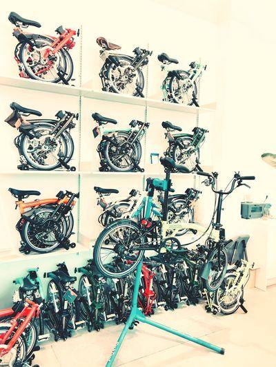Bicycle Bromptonbicycle Coffeeshop Nearmyhome Iphone7photography Feelsogood 温泉川 家近くて 釜山日和 釜山 自転車 珈琲屋 20171125 冬 寒くて