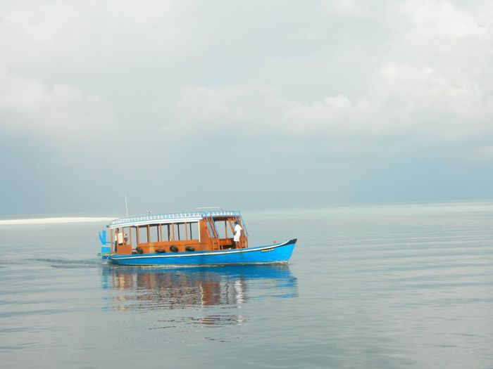 Nord Male Atoll Sandbank Maldives Duni Water Sea Nautical Vessel Transportation Waterfront Nature Horizon Over Water Cloud - Sky Sky Beauty In Nature Outdoors Day Scenics Mode Of Transport