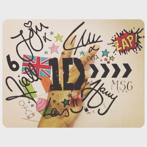 1D ? Hi! Enjoying Life That's Me Symbol