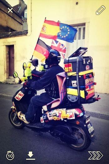 Crazy WTF Scooter LOL Bienvenue à Dijon :)