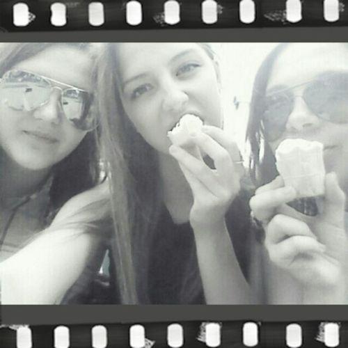 Hihi <3 hihi Friends Love Eat
