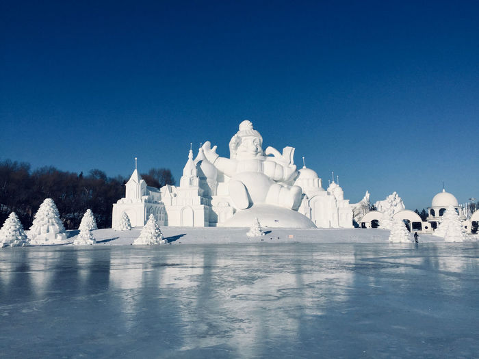 City of ice and snow