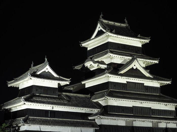 夜の松本城 Matsumoto Castle