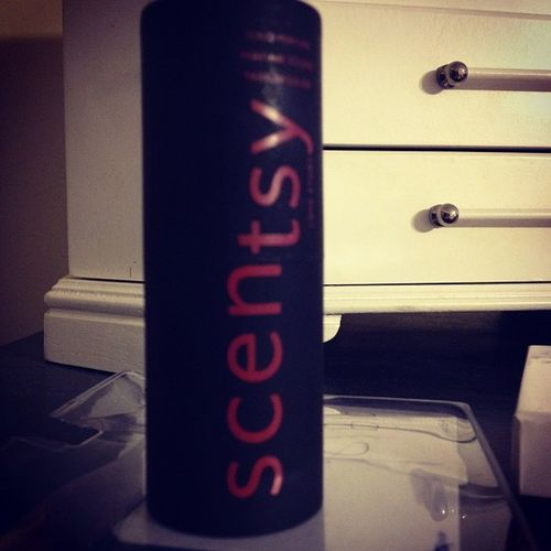 I'm in love with this perfume stick :) Scentsyperfume Lovestory