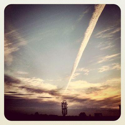 Awesome #contrail on #sky Now❕#skywriting #earlybirdlove Sky Popular Skywriting Contrail Earlybirdlove Popularpage Alaniskoeblove Alaniskopop