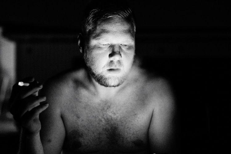 After a sauna Sauna Finland Suomi Smoking Blackandwhite B&W Portrait Glow Cellphone Cigarette  Monochrome_Photography MonochromePhotography TCPM The Portraitist - 2017 EyeEm Awards The Street Photographer - 2018 EyeEm Awards