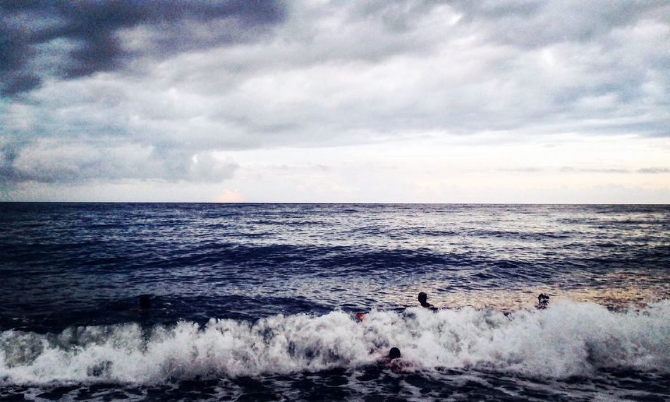 Sea Sea Water Horizon Over Water Scenics Beauty In Nature People Tranquil Scene Wave Tranquility Waterfront Nature Sky Calm Cloud Cloudy Seascape Cloud - Sky Ocean Day Outdoors Internet Addiction EyeEm Best Shots EyeEmBestEdits EyeEm Nature Lover