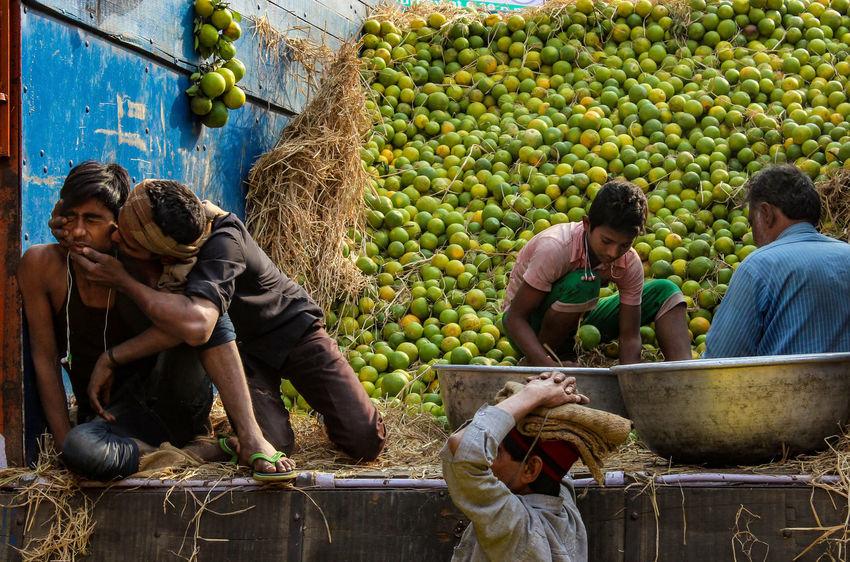 A Funny Moment Fruitmarket Fun Handonhead Kiss Kolkata Men People, The Street Photographer - 2017 EyeEm Awards