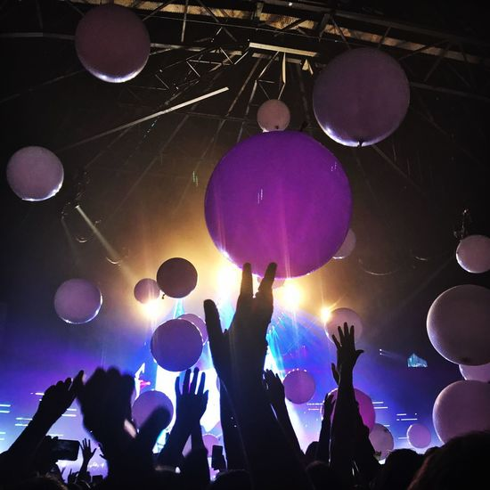 Imagine Dragons Large Group Of People Indoors  Real People Nightlife Fun Arts Culture And Entertainment Excitement Music Event Stage - Performance Space Illuminated Crowd Night Stage Light Balloon Popular Music Concert Lifestyles Youth Culture Togetherness Inner Power HUAWEI Photo Award: After Dark