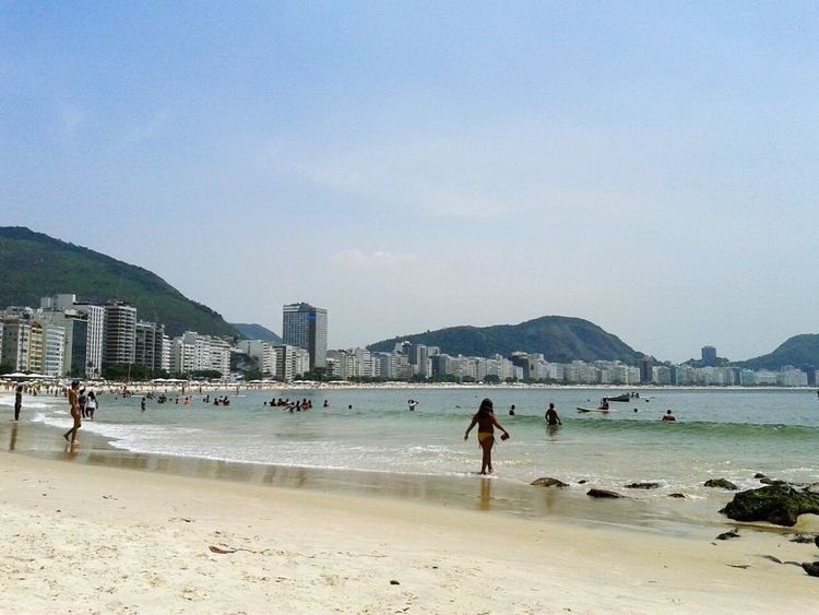 Relaxing Enjoying Life Brazil Brasil Summer Mar Sunny Day Copacabana Beach Praia Playa Beach Rio De Janeiro Copacabana Sea Seascape Good Vibes Riodejaneiro Blue Sky Bluesea