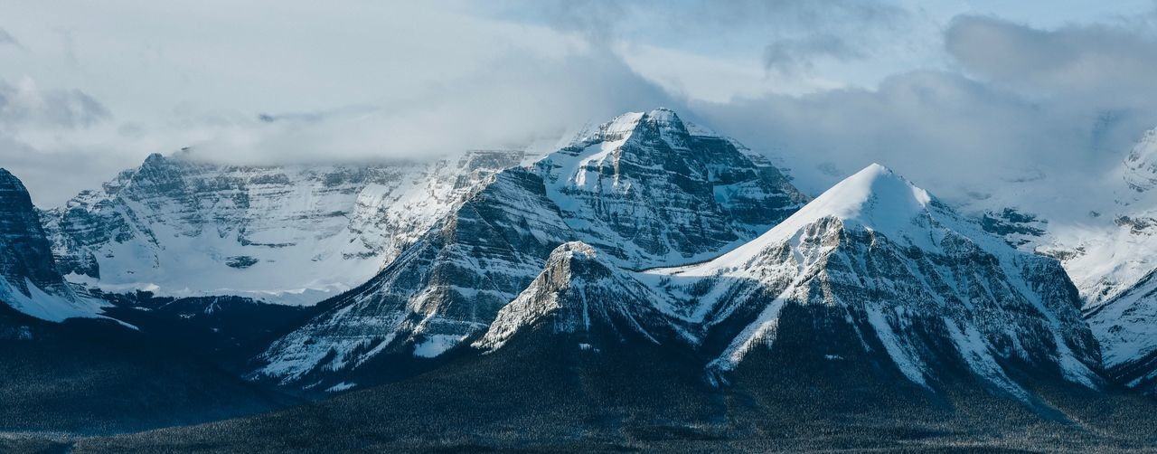 Banff  Cloud - Sky Sky Nature Water Cold Temperature Winter No People Snow Beauty In Nature Outdoors Frozen Travel Snowcapped Mountain
