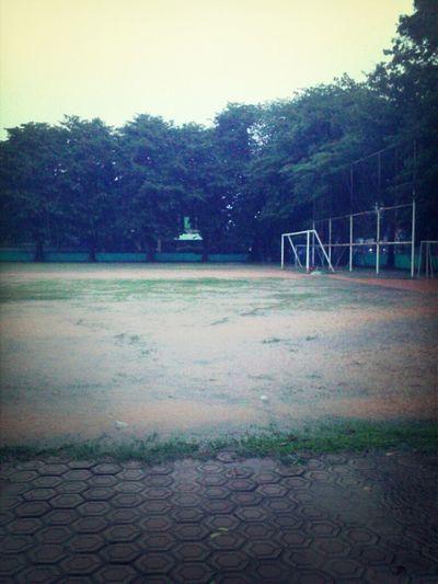 goooaaalll... Football Rain