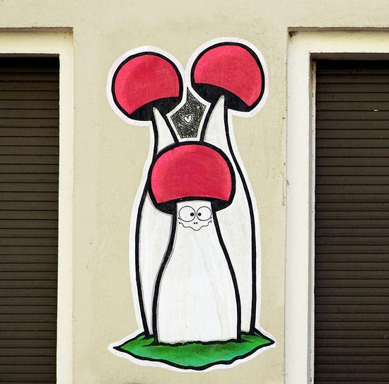 Street Art Street Art/Graffiti Graffiti Graffiti Art Urban Art Berliner Ansichten EyeEm Gallery Eye4photography  EyeEm Best Shots From My Point Of View Mushroom