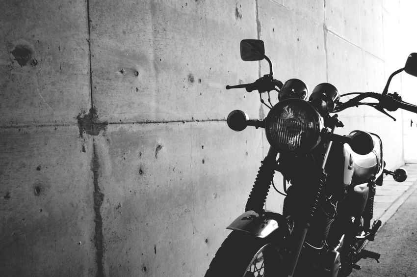 Sr500 First Eyeem Photo Yamaha Sr400 Vintage Bike Bikes Motorcycles