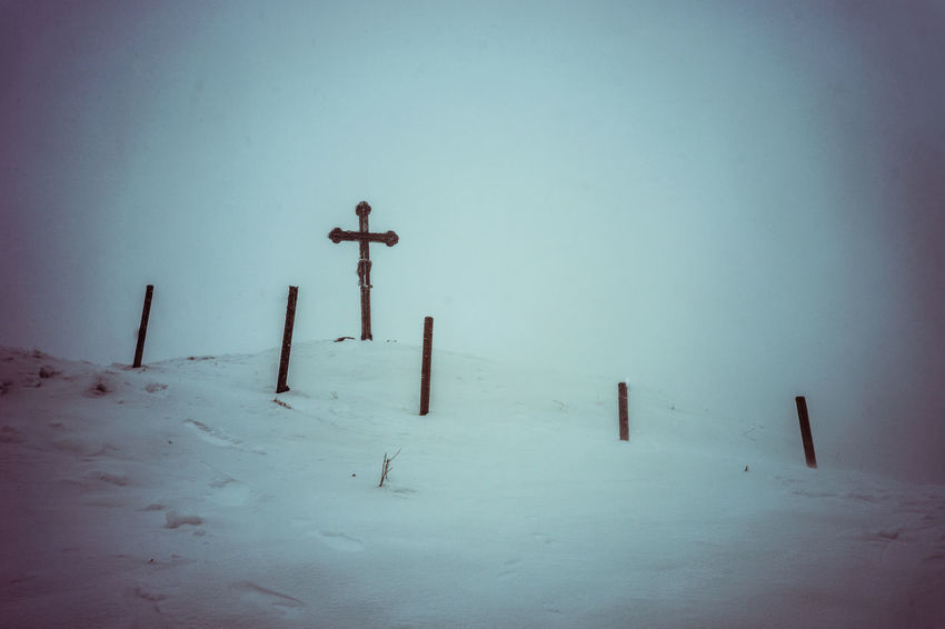 mountaincross on a snowy day Cross Despair Foggy Food Karga Melancholic Landscapes Mountaintop Snow Triste Weather White Winter