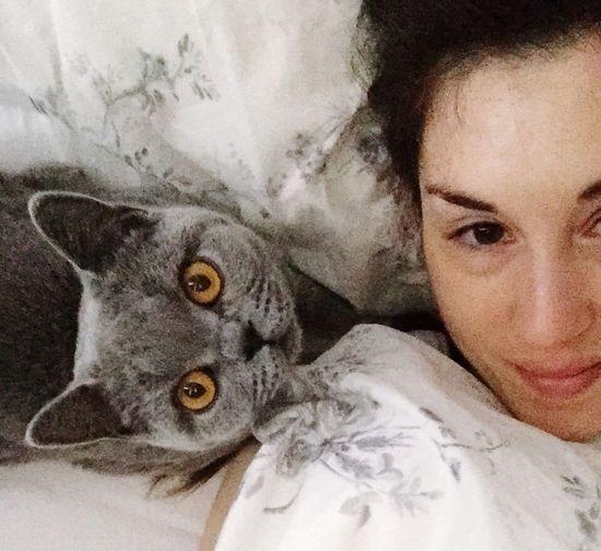 No Make-up Bed Selfie Cat Selfie Cat♡
