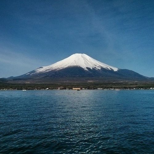 Looking at beauty in the world, is the first step of purifying the mind. Japan Fujiyama 2014